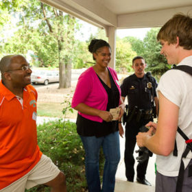 Move-In 2016: Community Welcome promotes neighborly interactions