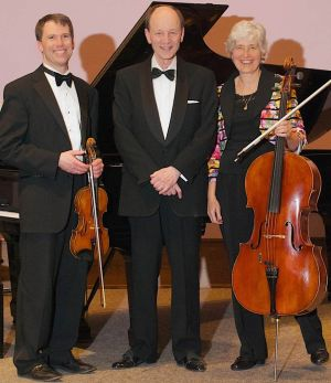 The Mendelssohn Trio, left to right: Erik Peterson, Violin, Theodor Lichtmann, Piano, and Barbara Thiem, Cello.
