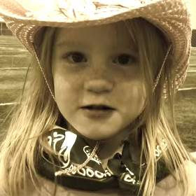 Video: Kiddos train for mutton bustin'