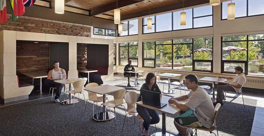 003 Student Lounge870