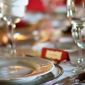 Course on etiquette in the workplace for students Nov. 10