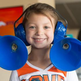 Little Shop of Physics helps Denver Broncos 'tackle STEM'