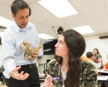 Colorado State University Biomedical Sciences assistant professor Tod Clapp works with students in his BMS 345 Functional Neuroanatomy class, March 22, 2016.