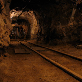 Deep underground, smartphones can save miners' lives