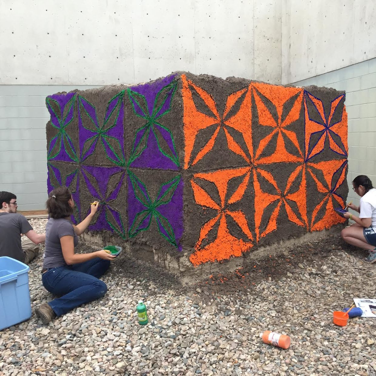 Art students transfer tradition to south african mural on for African mural painting