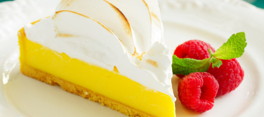 Recipe: Almond lemon pie with fresh raspberries