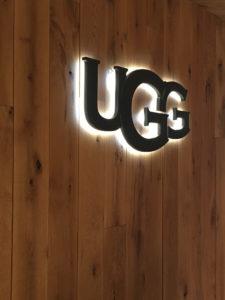 Ugg sign