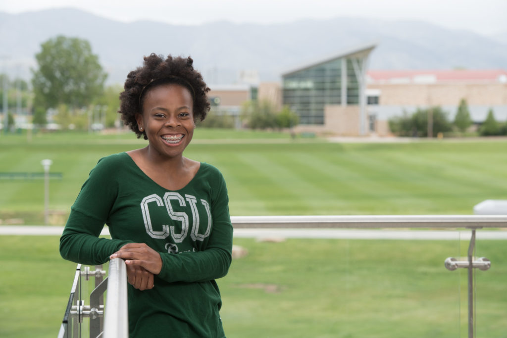Daiszha Cooley, a neuroscience major, earned a first-place award in the MURALS research event. (Photo: John Eisele/Colorado State University)
