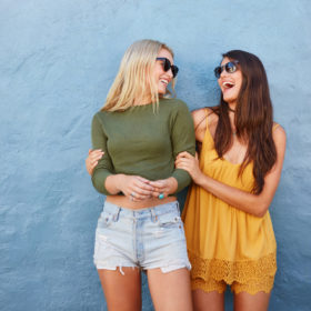 3 simple ways to be more mindful in your friendships