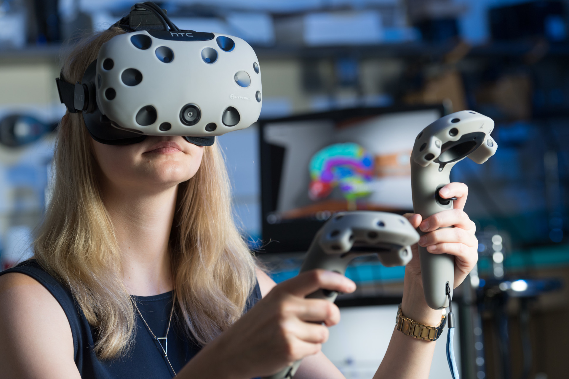 Game Changer: Virtual reality program to transform how students ...