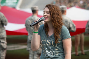 Mandy Harvey signs national anthem