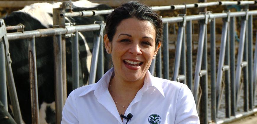 Portrait of Dr. Noa Román-Muñiz