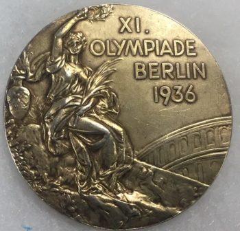 Glenn Morris gold medal