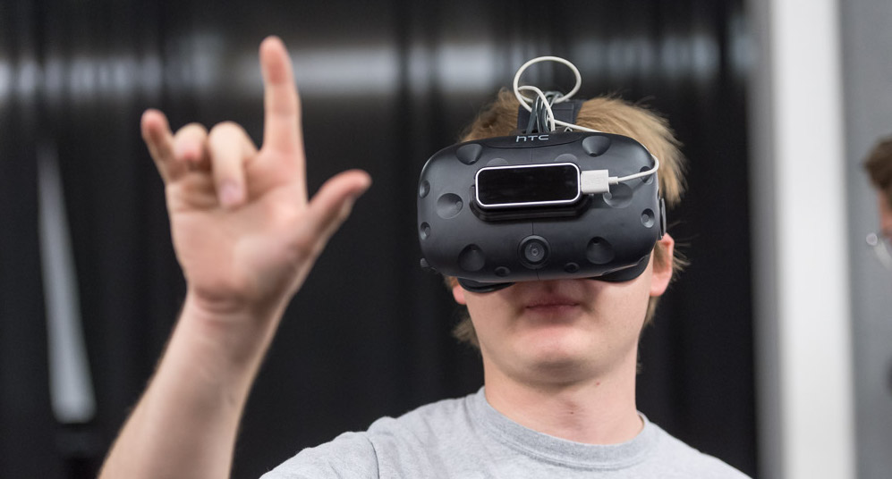 Student in VR goggles