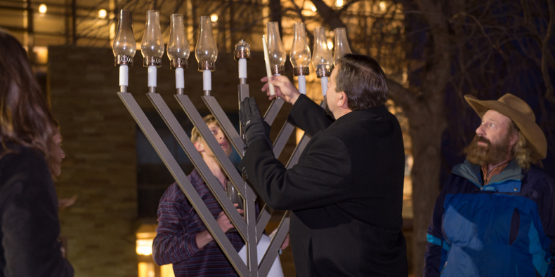 Tony Frank lights giant menorah on LSC Plaza 2015