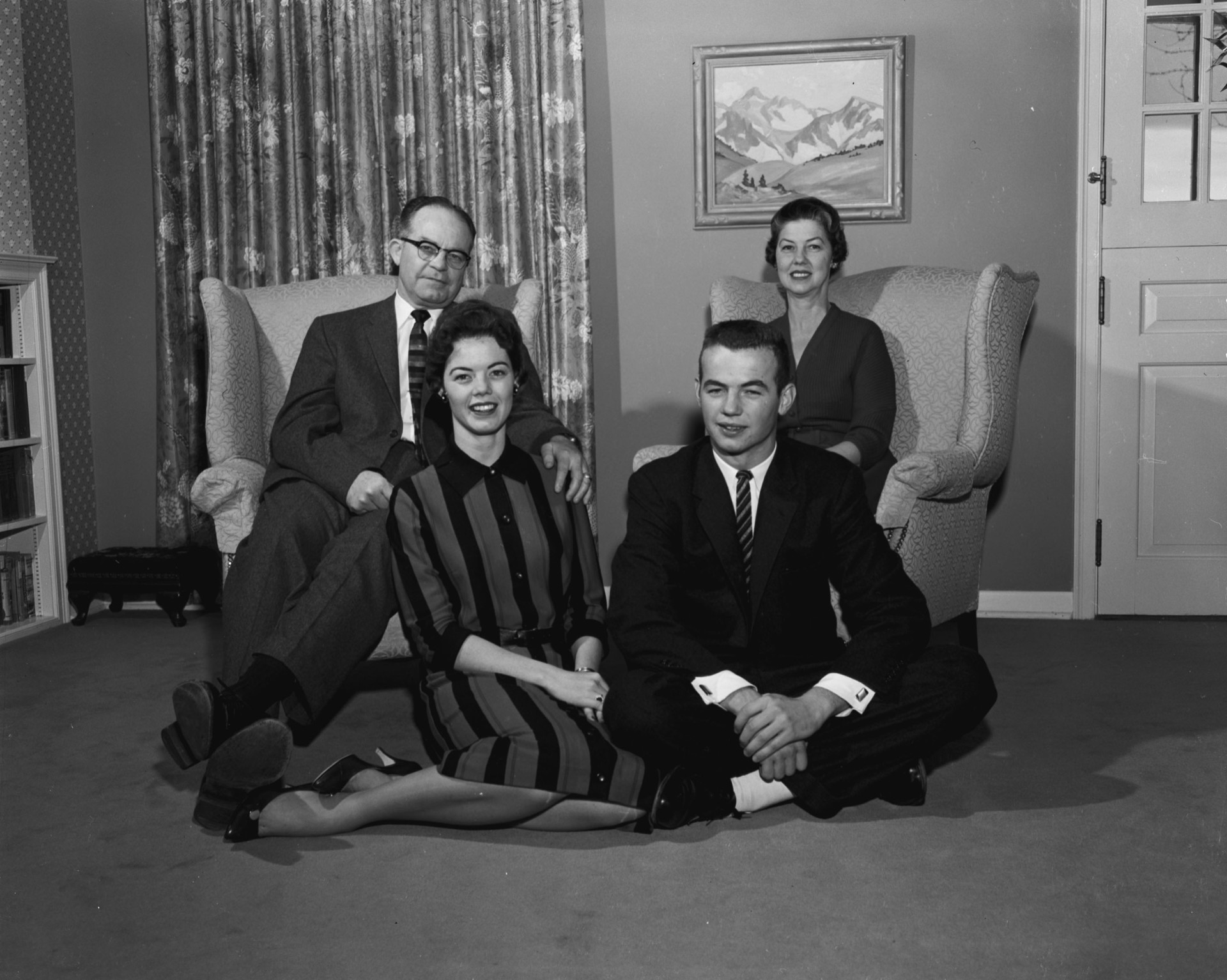 Former CSU President William Morgan family portrait