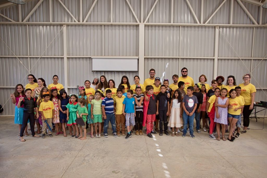 Kids Do It All participants and instructors pose for group photo at the CSU Todos Santos Center.