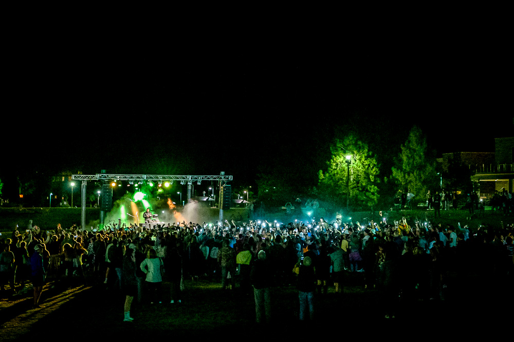 Concert at the homecoming bonfire